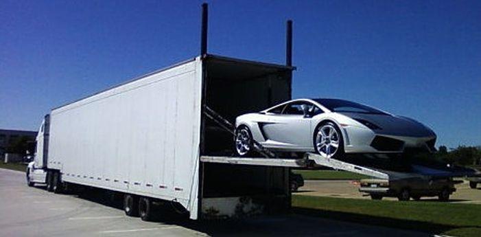 Enclosed_Car_Shipping